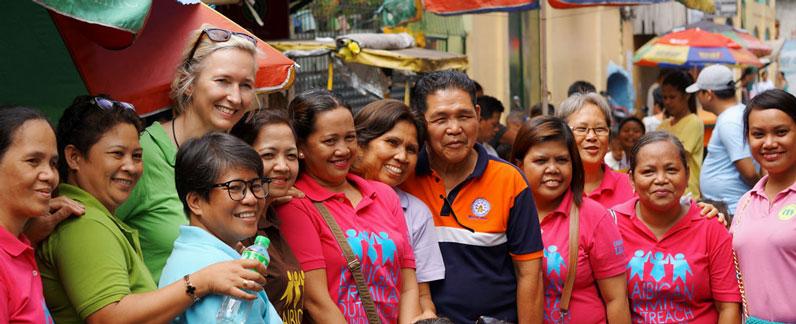 In den Elendsvierteln von Manila bietet eine nachbarschaftliche Community Schutz.
