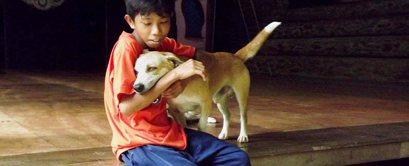Straßenkinder finden in der Stairway Foundation auf Mindoro/Philippinen ein Zuhause