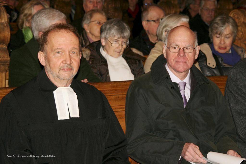 Demokratie als Thema der Kanzelrede: Prof. Dr. Norbert Lammert am 19.02.2017 zu Gast in der Salvatorkirche, hier zusammen mit Pfarrer Armin Schneider, Superintendent des Evangelischen Kirchenkreises Duisburg