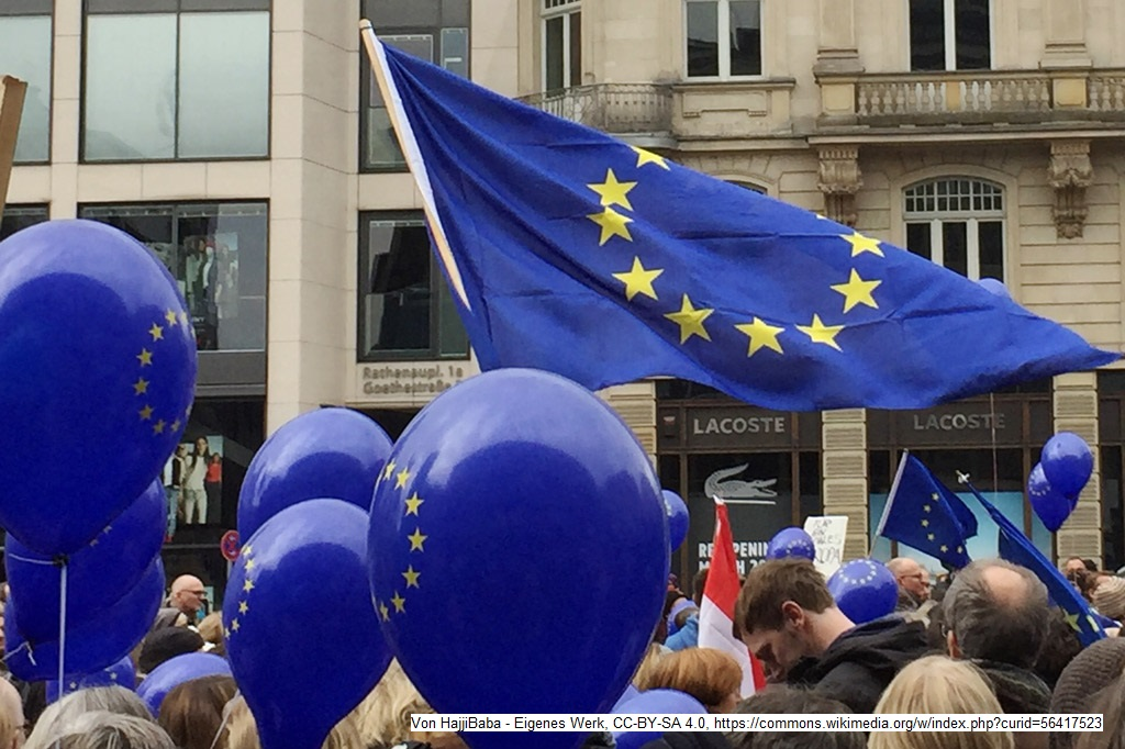 "Europa: Kundgebung der Bürgerinitiative ""Pulse of Europe"", Frankfurt am Main"