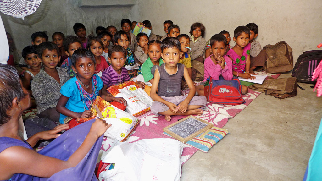Müll: Unsere Projektarbeit ermöglicht es diesen Kindern, die Grundschule zu besuchen.