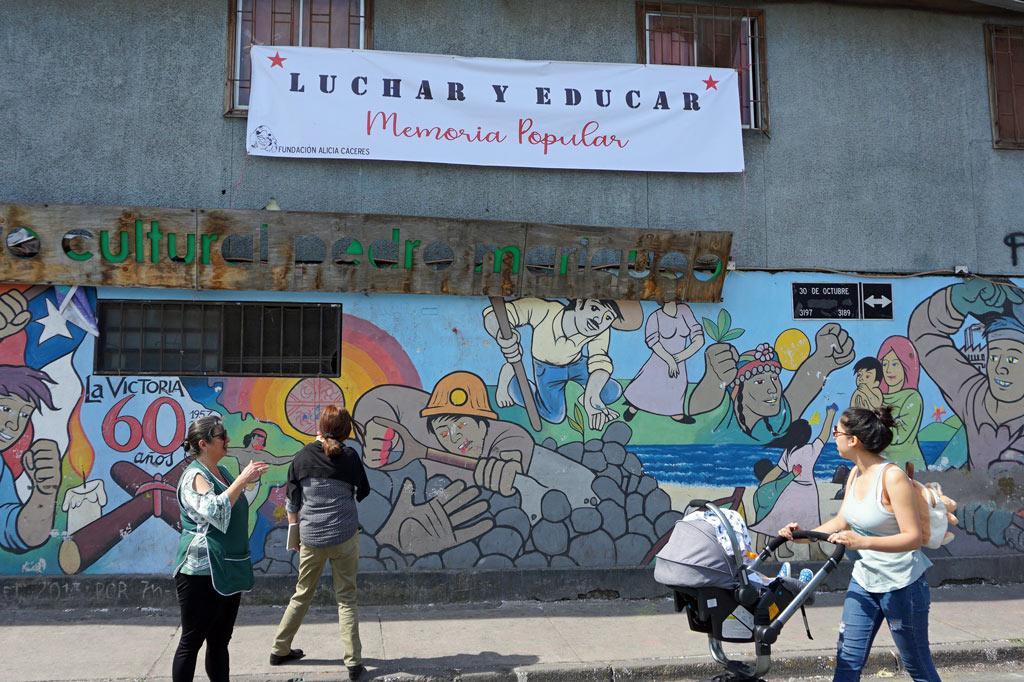 La Victoria – ein Ort zum Leben: Wandbild zum 60-jährigen Bestehen der Siedlung