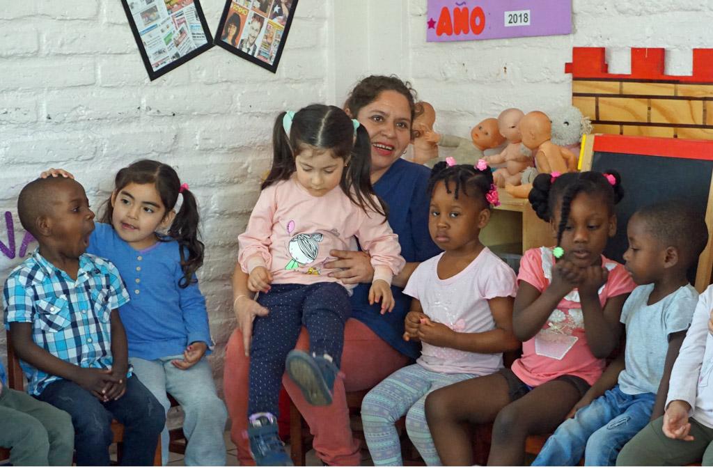 La Victoria – ein Ort zum Leben: Familienersatz, geschützter Raum, liebevolle Betreuung - die Kindertagesstätte macht einen Teil der Identität der ganzen Siedlung aus