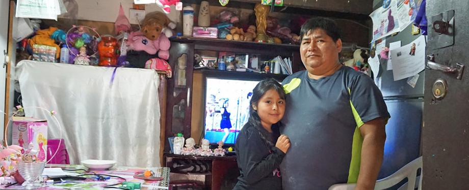 Chile, El Señor de la Torta – der Tortenbäcker, hier mit einer seiner Töchter