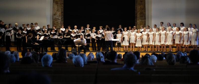 Der Staats- und Domchor Berlin für Jungen singt mit dem Mädchenchor der Sing-Akademie zu Berlin. (Quelle: Bastian Strauch)