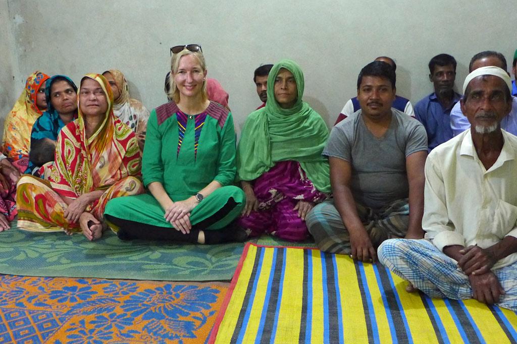 Dorfversammlung in der Nähe des Flüchtlingslagers in Cox´s Bazar, Bangladesch